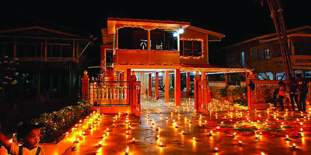 essay on celebration of indian festivals
