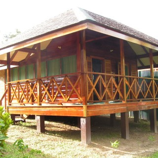 Iwokrama River Lodge