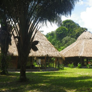 Rewa Village Eco-Lodge