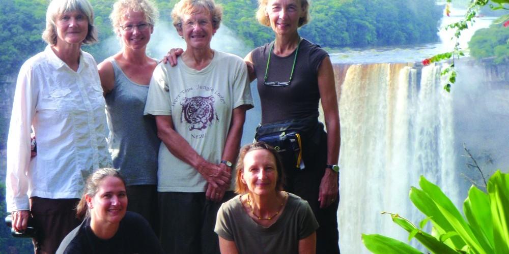http://exploreguyana.org/wp-content/uploads/2015/06/2011-Womens-Trek-Guyana-260-e1434534622815.jpg